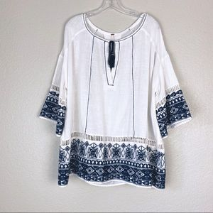 FREE PEOPLE Navy Embroidered Boho Peasant Top (S)